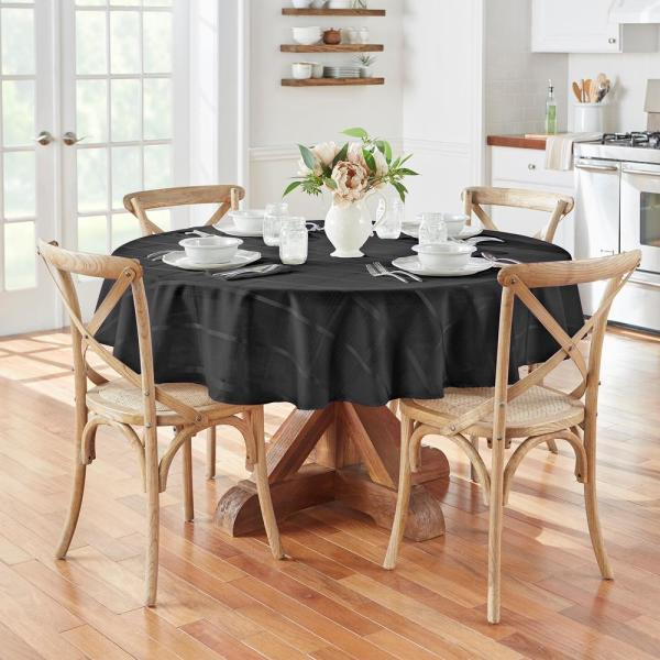 Elrene 70 in. Round Black Elrene Elegance Plaid Damask Fabric Tablecloth