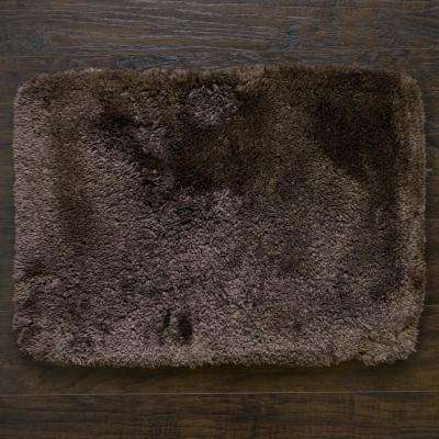 St Lucia 17 in. x 24 in. Single Bath Rug in Mocha