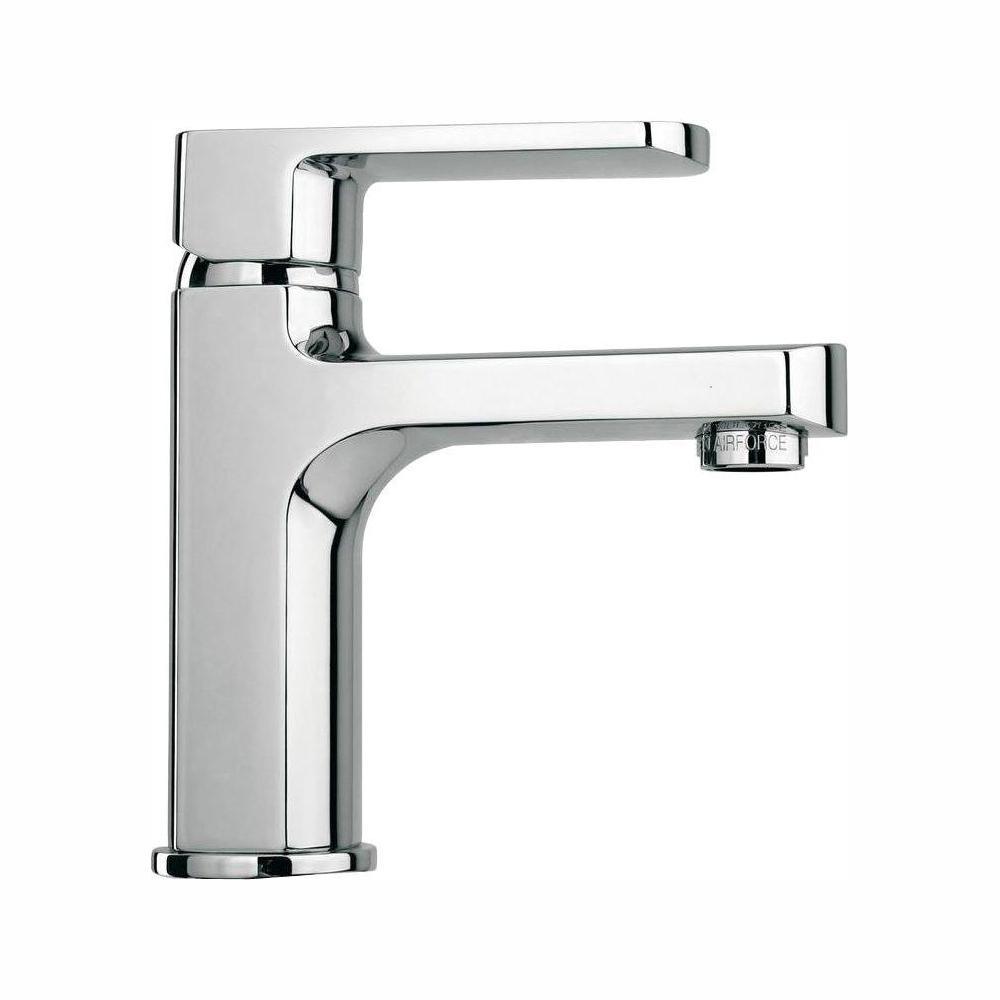 Novello Single Hole 1-Handle Low-Arc Bathroom Faucet in Chrome