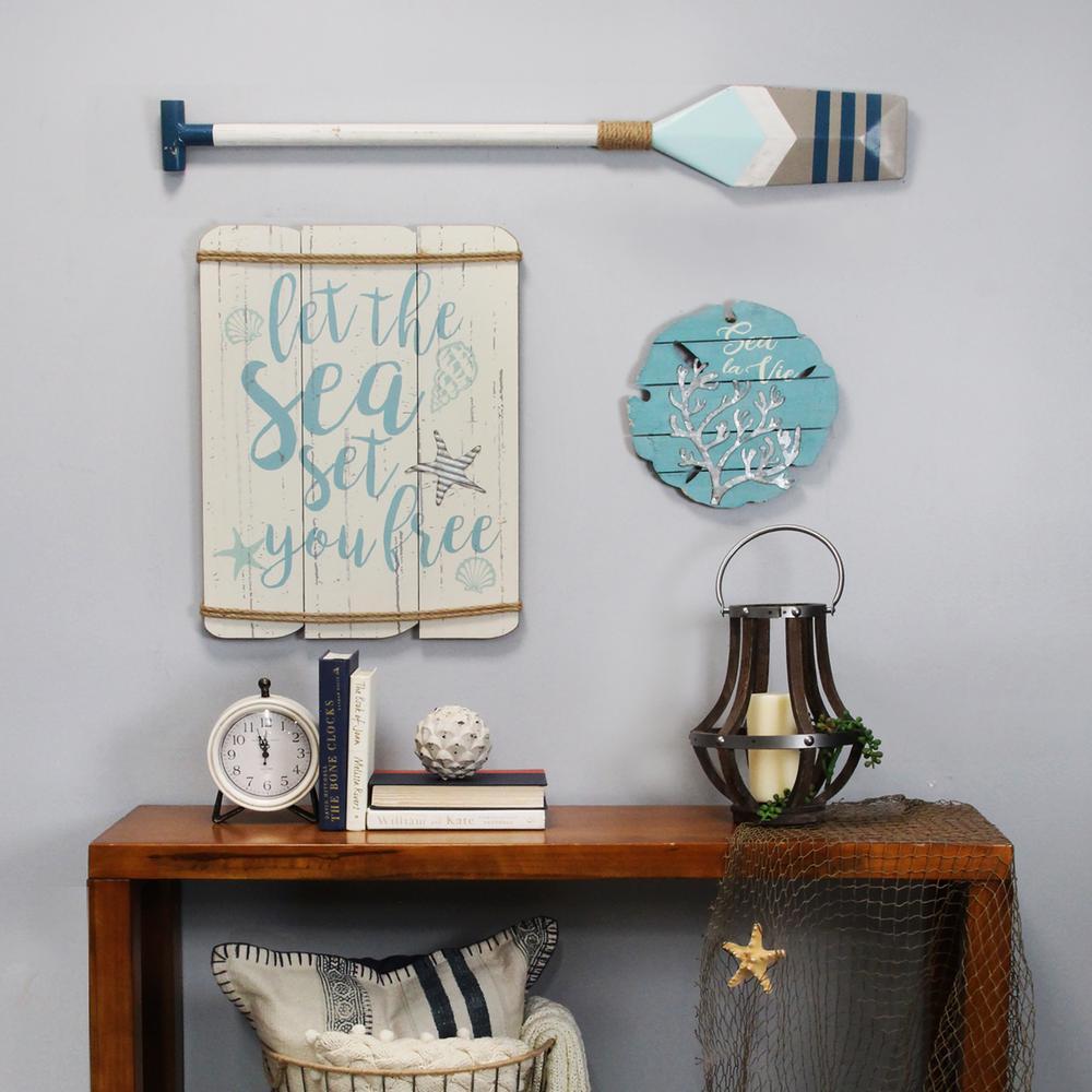 Daisy Table Clock
