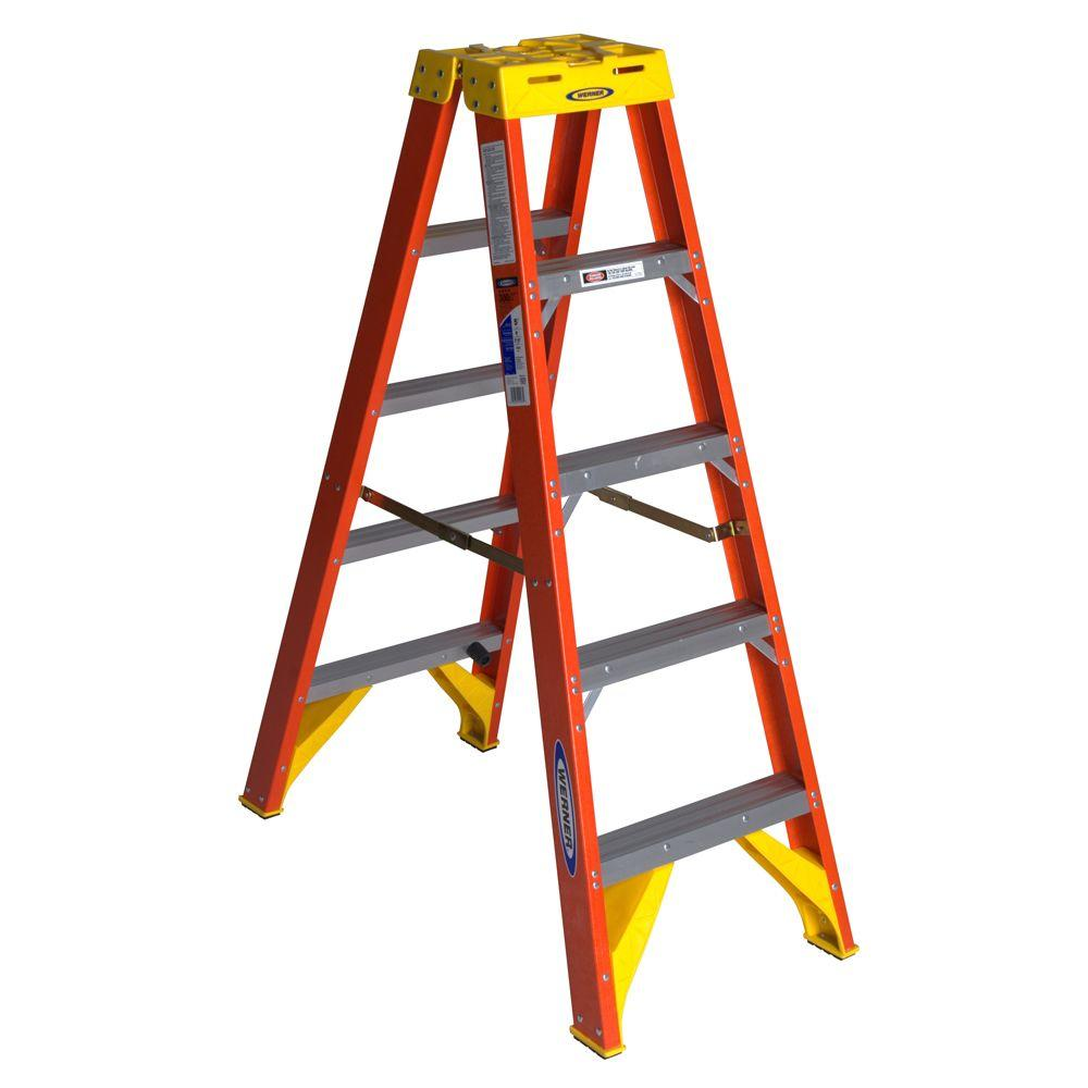 Werner 5 Ft. Fiberglass Twin Step Ladder With 300 Lb. Load