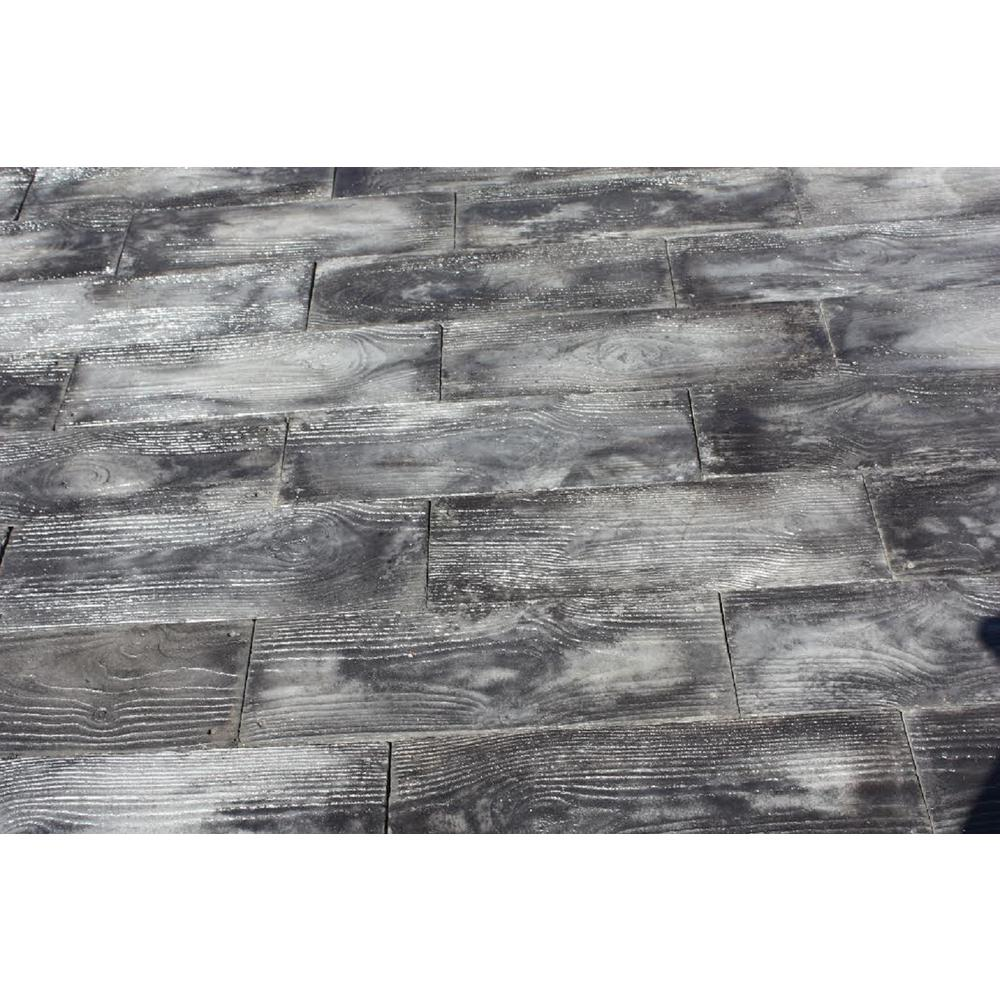 Gray Barnwood Plank Patio On A Pallet Paver