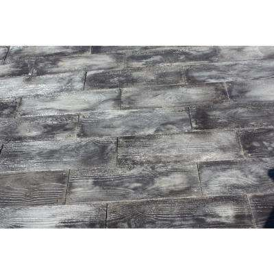 Gray Barnwood Plank Patio On A Pallet Paver Set