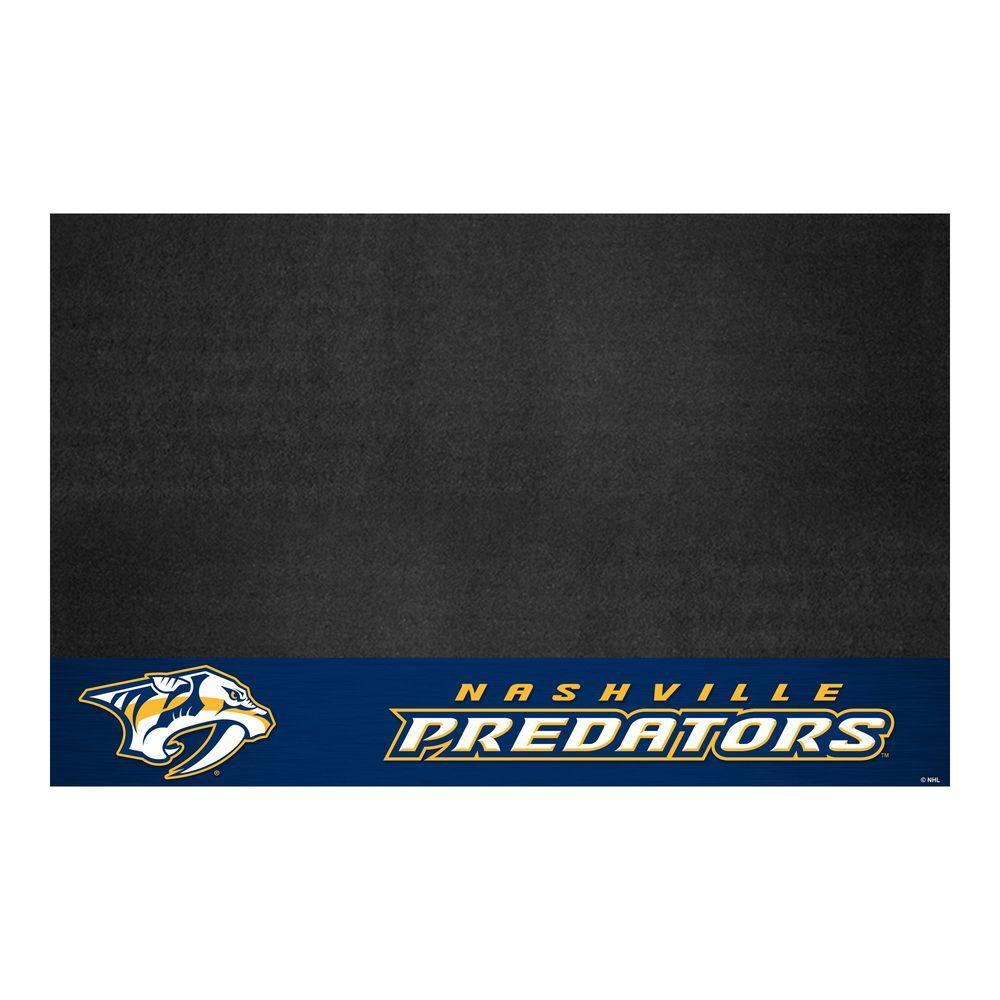 Nashville Predators 26 in. x 42 in. Grill Mat