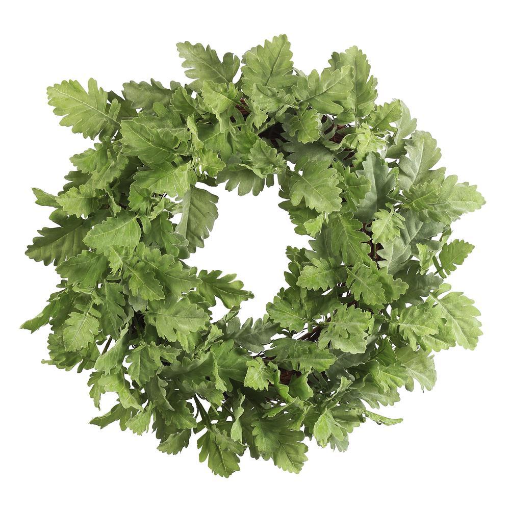 Dusty Miller 22 in. Leaf Wreath