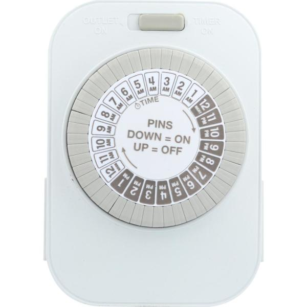 Heavy Duty Grounded Daily Mechanical Timer, Dual Grounded Outlet, White