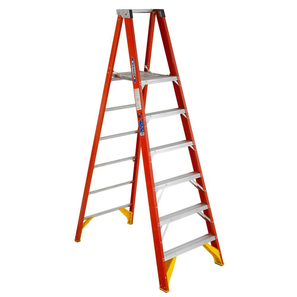Werner 6 Ft Fiberglass Platform Step Ladder 300 Lb Load