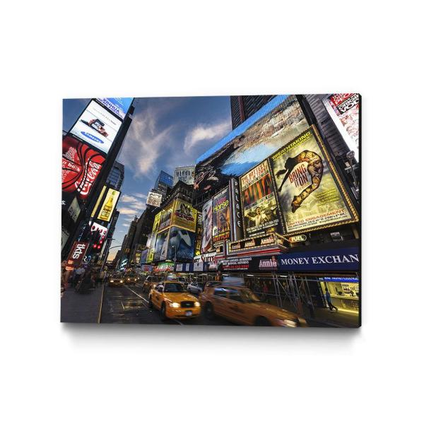 Clicart 22 in. x 28 in. ''Palace Theater Traffic'' by Guilliame