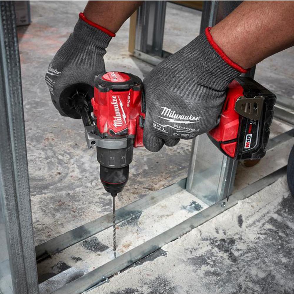 Milwaukee 2804-22 M18 18V Brushless Hammer Drill Driver w// 2 Batteries Charger