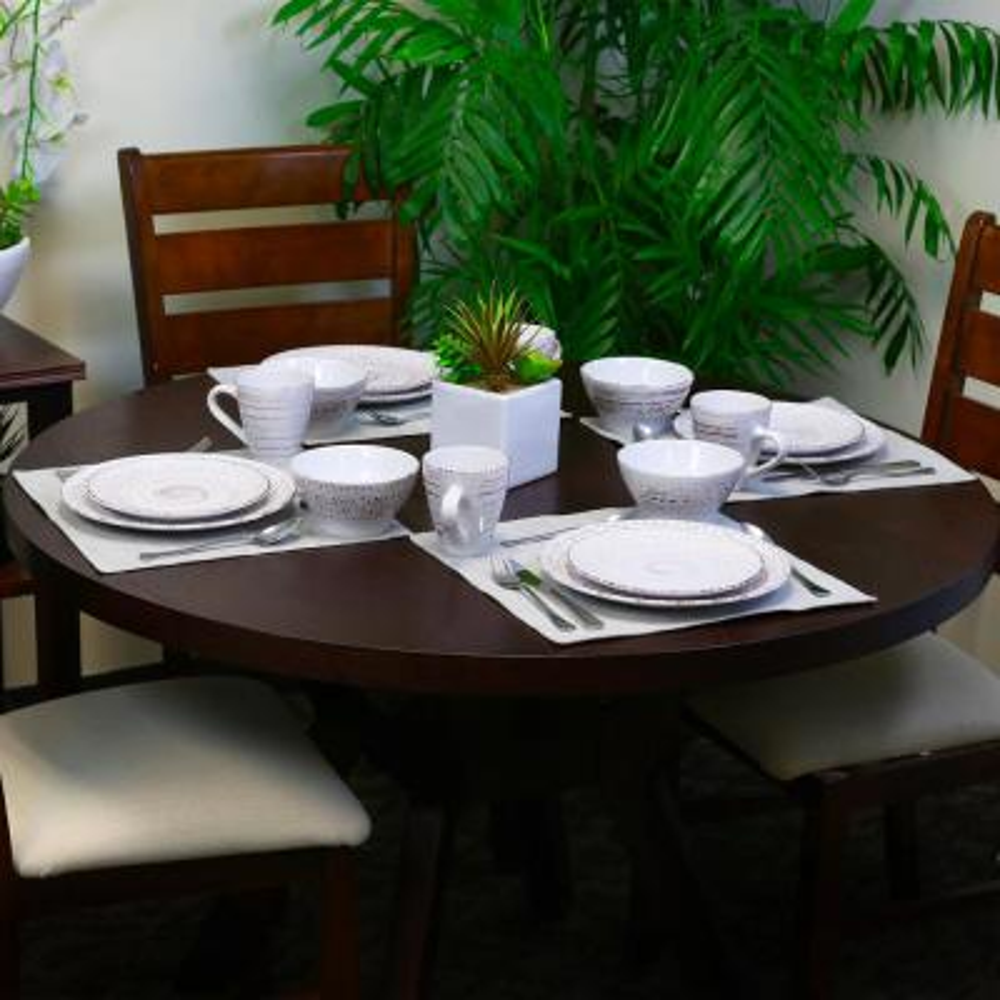 Malibu 16-Piece Coastal Shell Stoneware Dinnerware Set (Service for 4)