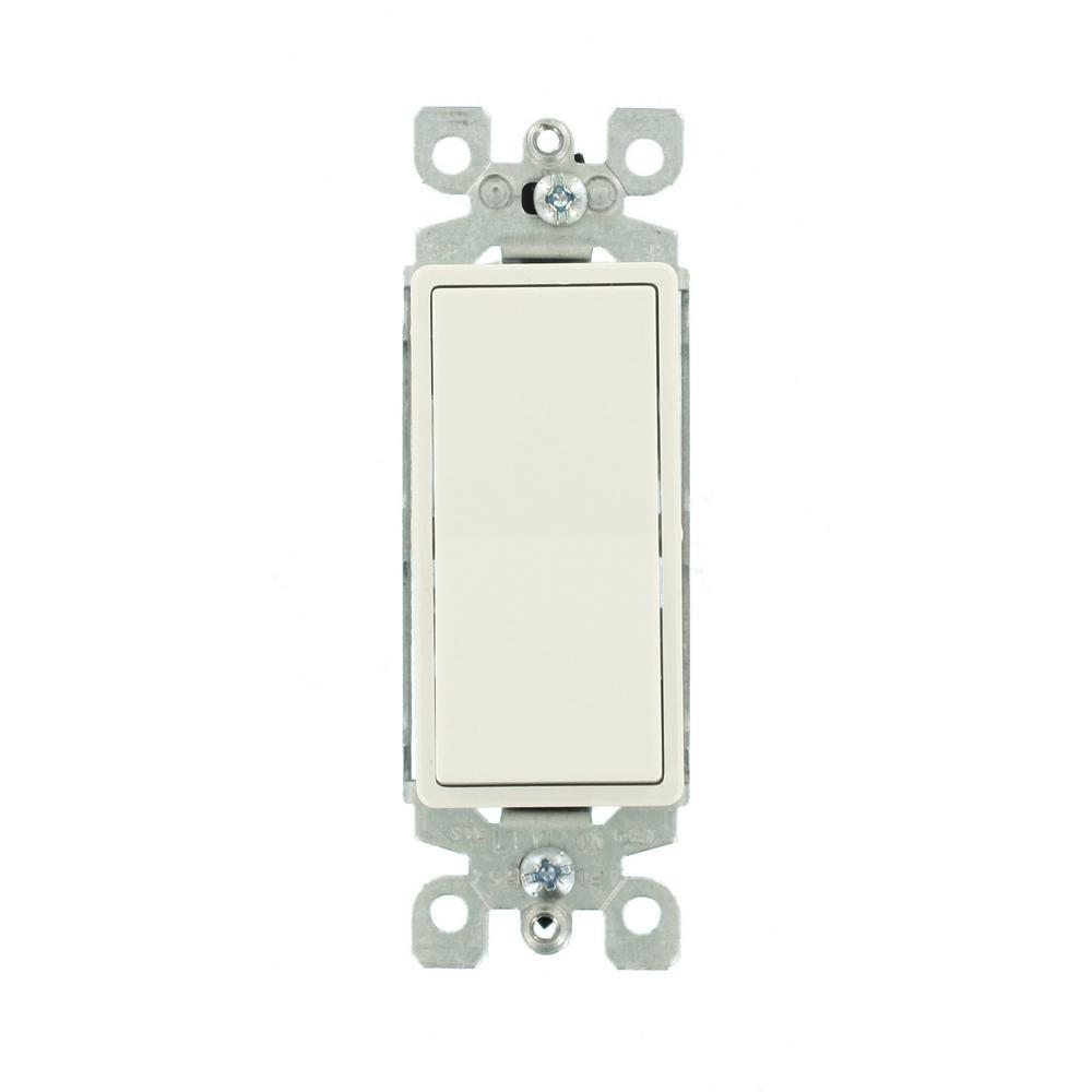 Leviton Decora 15 Amp 3-Way Illuminated Switch, White