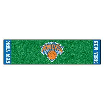 NBA New York Knicks 1 ft. 6 in. x 6 ft. Indoor 1-Hole Golf Practice Putting Green