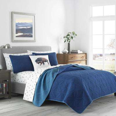 Axis Navy King Quilt Set (3-Piece)