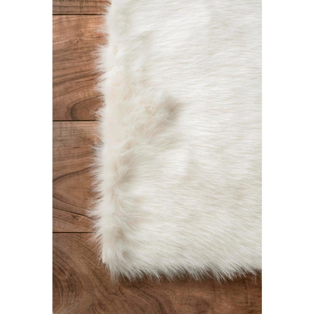 Nuloom Cloud Faux Sheepskin Plush