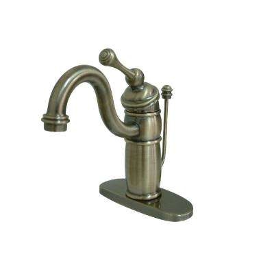 Victorian Single Hole Single-Handle Bathroom Faucet in Vintage Brass