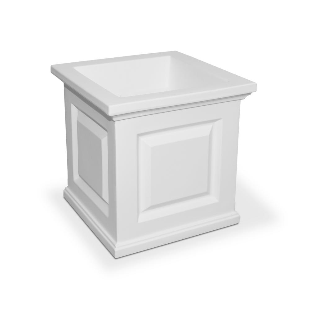 Mayne Nantucket 16 In Square White Plastic Planter 5865 W The