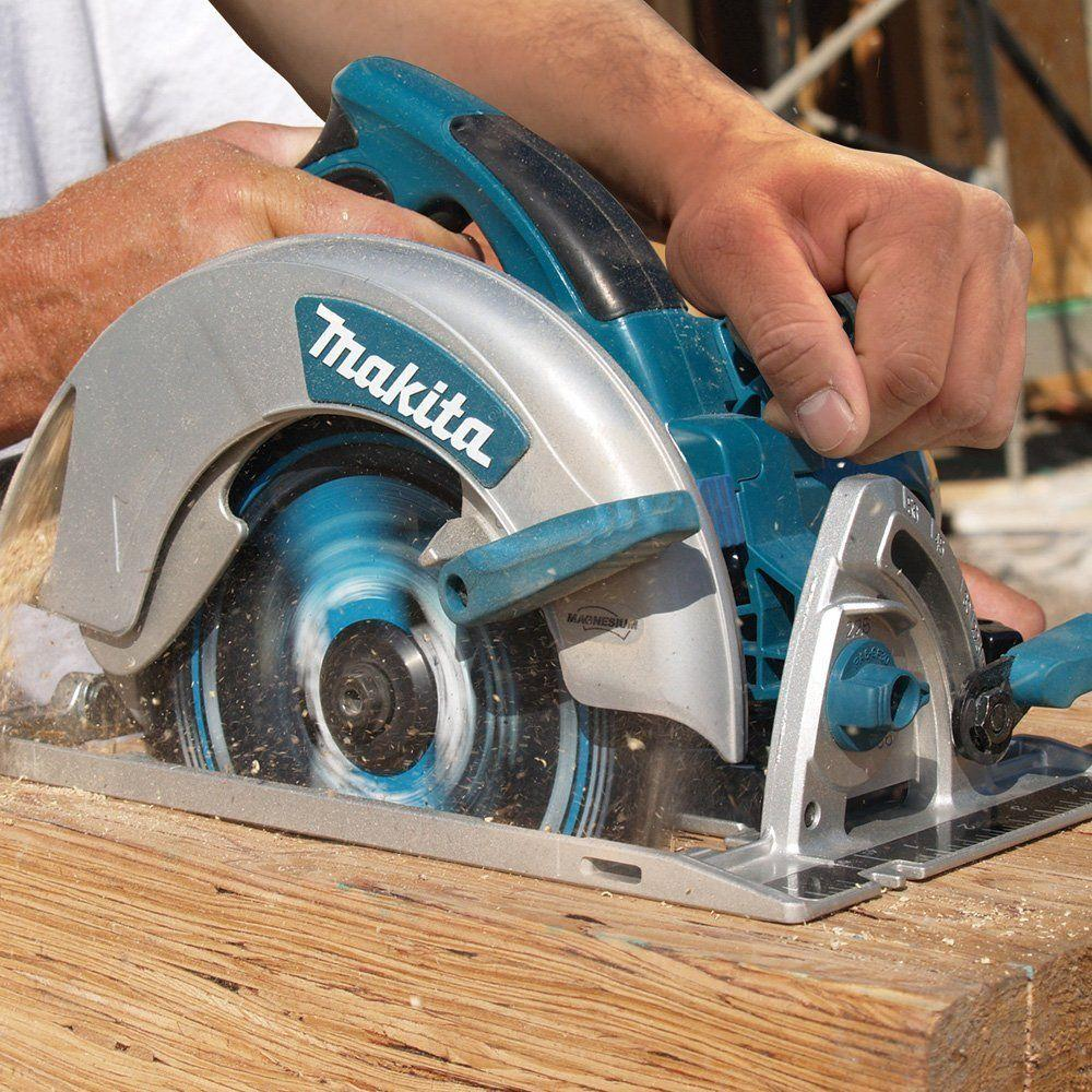 Makita 15 Amp 7-1/4 in. Corded Lightweight Magnesium Circular Saw ...