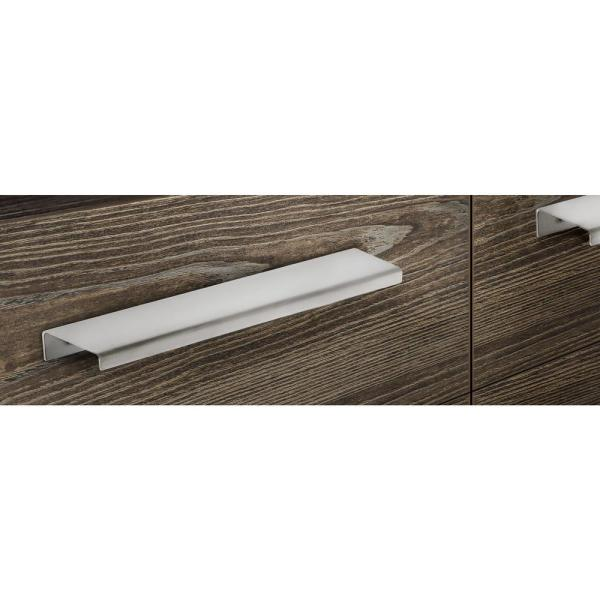 Richelieu Hardware 32 In 813 Mm Center To Center Stainless Steel Contemporary Edge Pull Bp57634170 The Home Depot