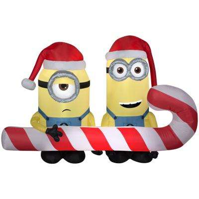 4 ft. Airblown-Minions Carrying Candy Cane-MD Scene-Universal