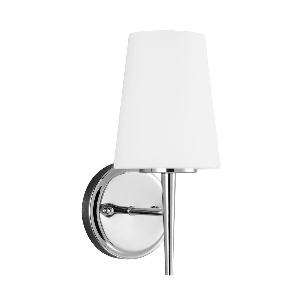 Driscoll 1-Light Chrome Sconce