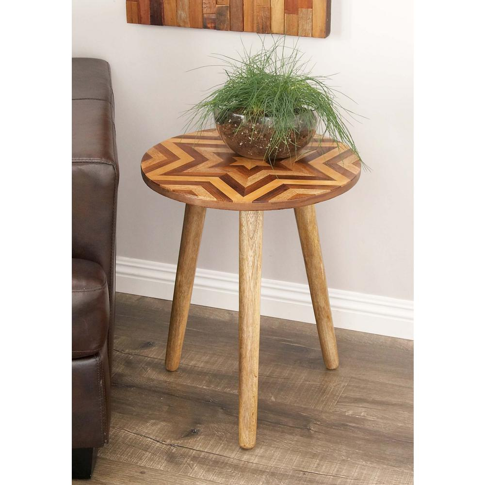 Wooden Chevron-Patterned Round Accent Table in Brown