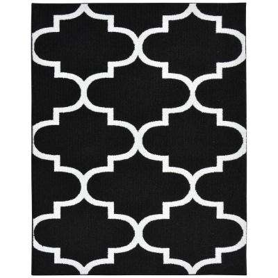 Large Quatrefoil Black/White 8 ft. x 10 ft. Area Rug