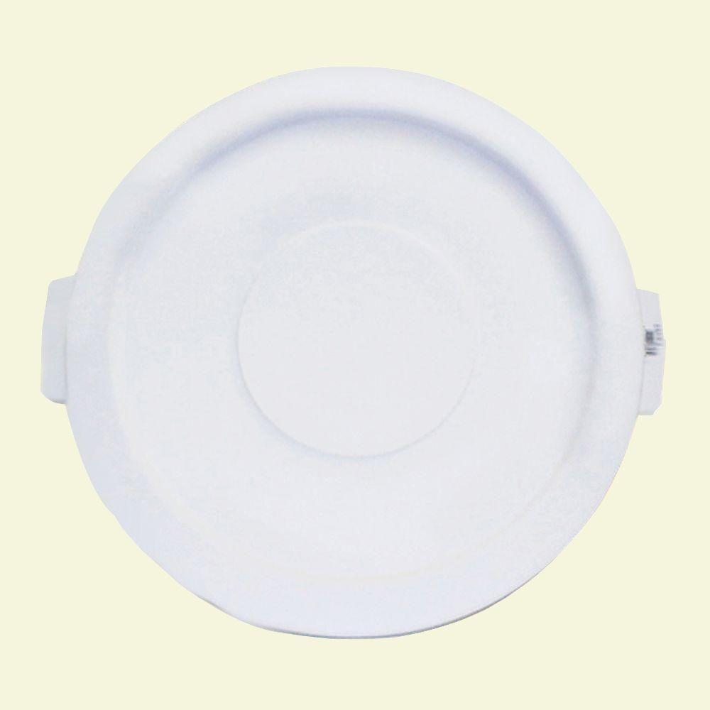 Carlisle Bronco 20 Gal. White Round Trash Can Recycle Lid with 8 in. Hole (6-Pack)