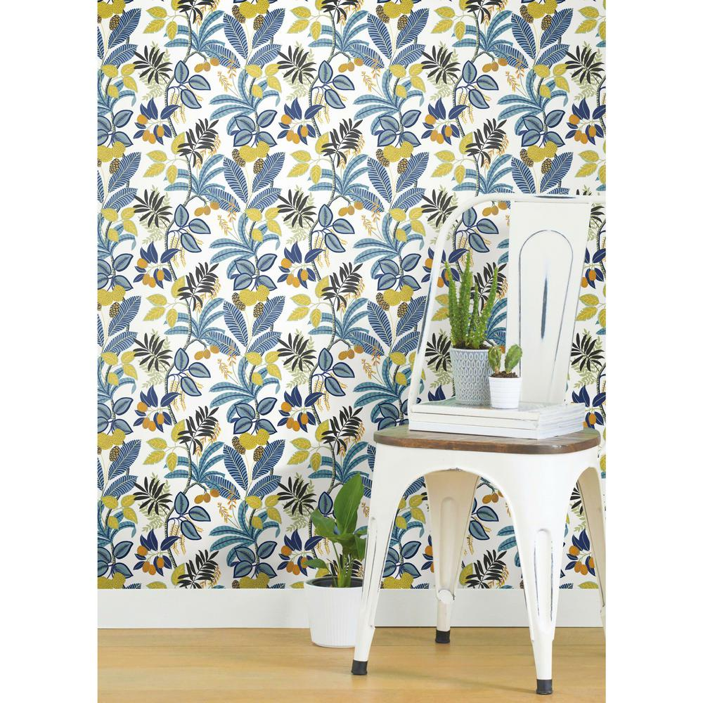 RoomMates 28 29 Sq Ft Funky Jungle Peel And Stick Wallpaper