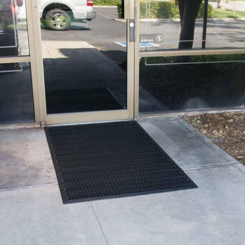 Ultra Scraper 3/8 in. x 36 in. x 60 in. Black Commercial Door Mat
