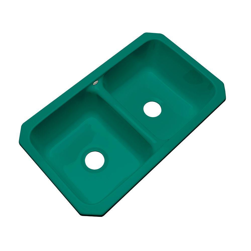 Newport Undermount Acrylic 33 in. 0-Hole Double Bowl Kitchen Sink in Verde