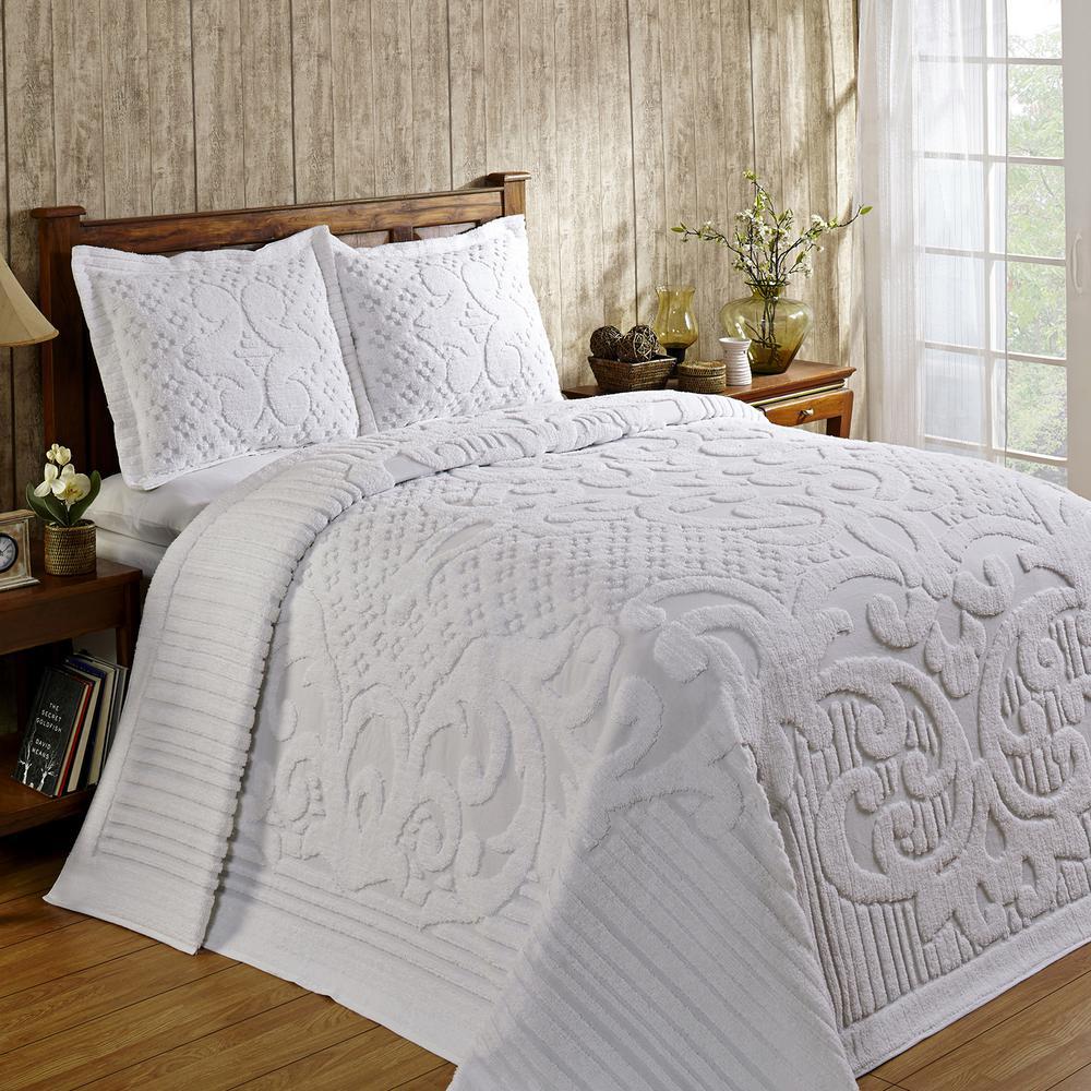 Ashton Collection in Medallion Design White Queen 100% Cotton Tufted Chenille Bedspread