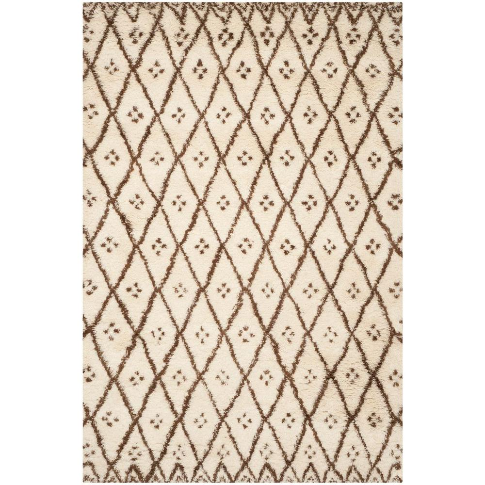 Casablanca White/Gold 6 ft. x 9 ft. Area Rug