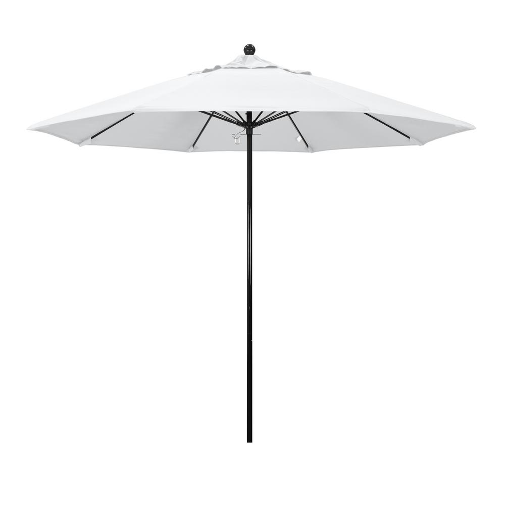 California Umbrella 9 ft. Fiberglass Push Lift Market Patio Umbrella in White Olefin