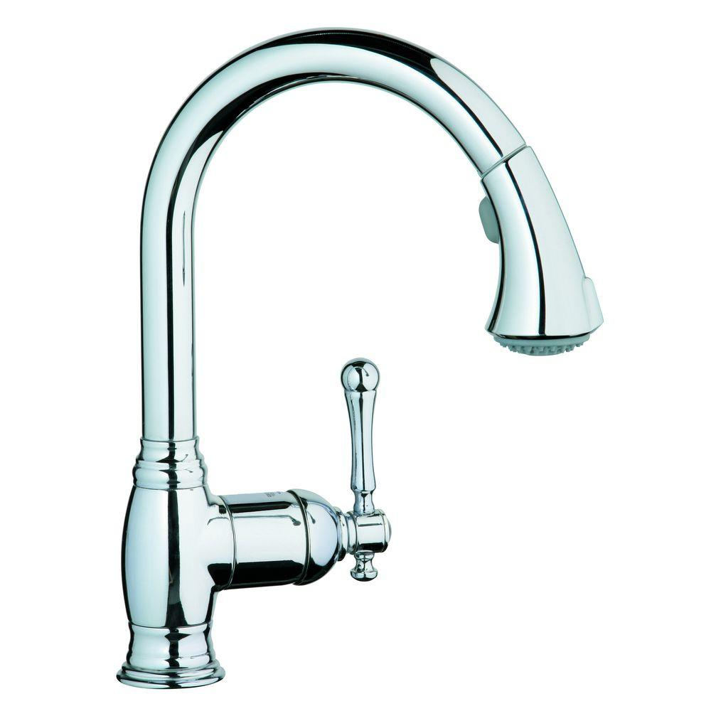 GROHE Bridgeford Single-Handle Pull-Out Sprayer Kitchen Faucet in StarLight Chrome