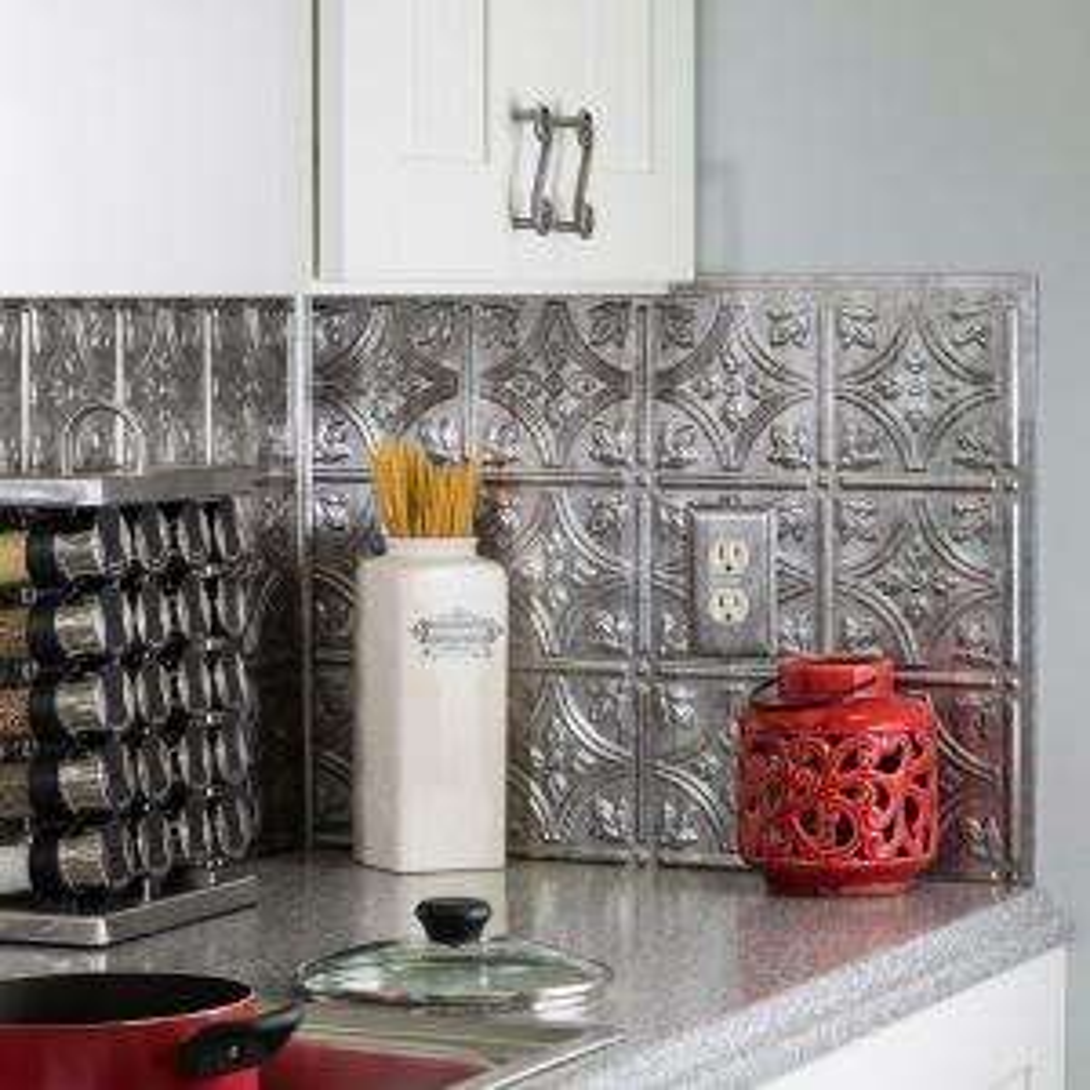 18 in. x 24 in. Traditional 1 PVC Decorative Backsplash Panel in Crosshatch Silver