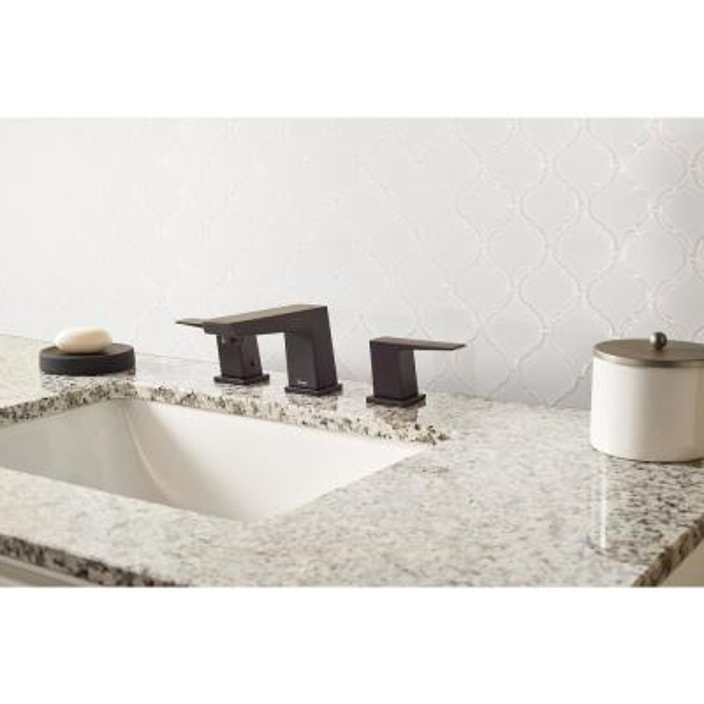 Retro Bianco Arabesque 10.63 in. x 8.84 in. x 6mm Matte Porcelain Mesh-Mounted Mosaic Tile (10.95 sq. ft. / case)