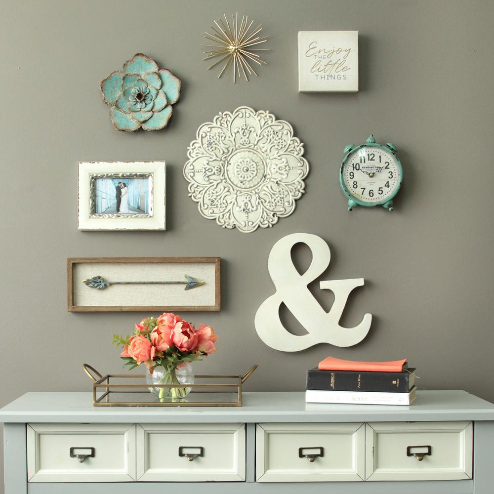 Stratton Home Decor Small White Medallion Wall Decor ...
