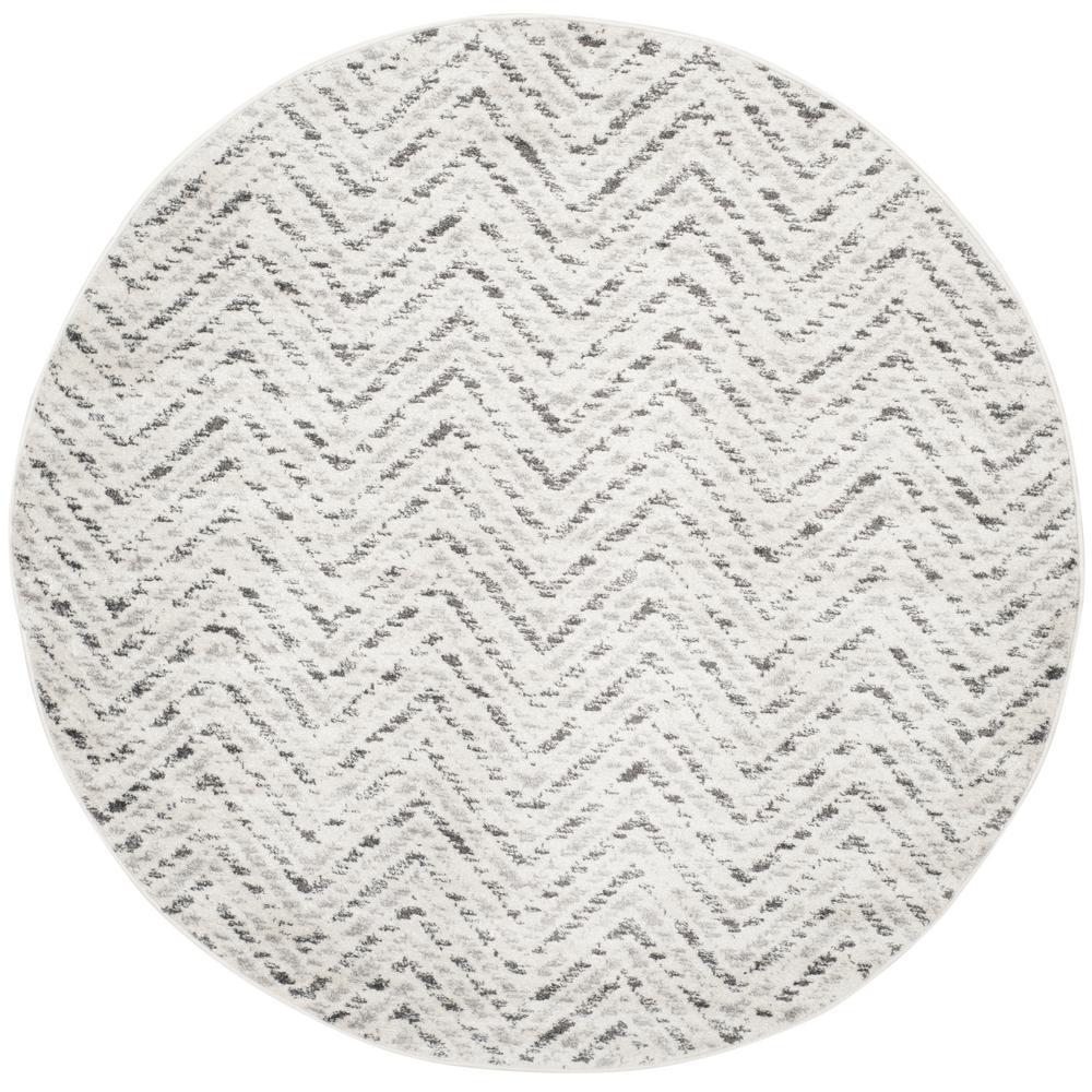 Adirondack Ivory/Charcoal 6 ft. x 6 ft. Round Area Rug
