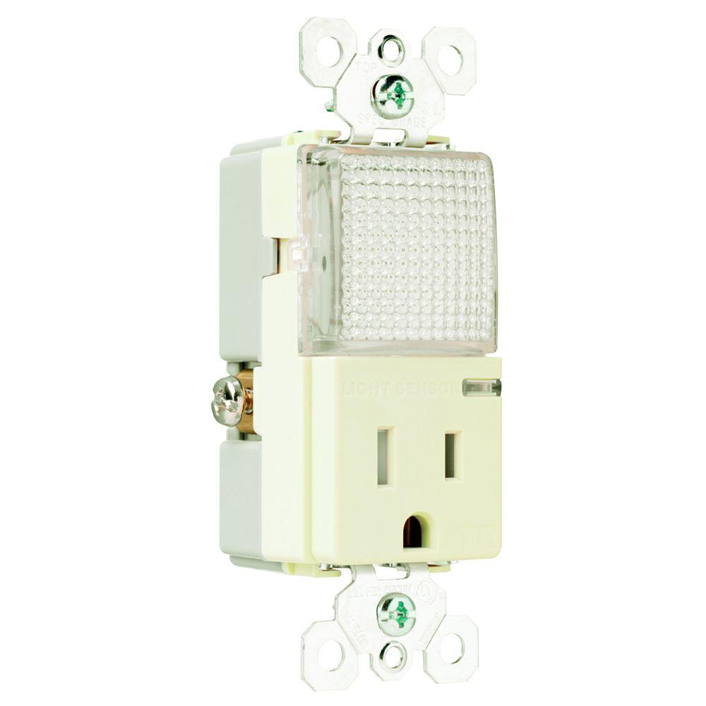 Pass & Seymour Decorator 15 Amp 125-Volt Combination Hallway Light and Combo Outlet, Light Almond