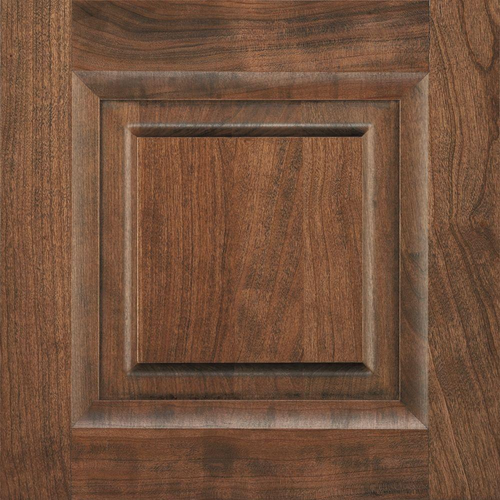 Thomasville Artisan 14.5x14.5 in. Cabinet Door Sample in Hendrix Cherry Ottertail