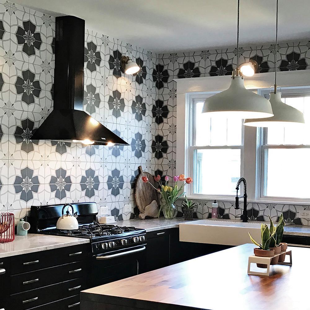 Twenties Crest Encaustic 7-3/4 in. x 7-3/4 in. Ceramic Floor and Wall Tile