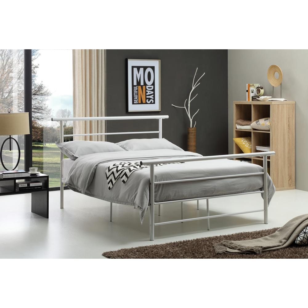 Hodedah White Queen Bed Frame