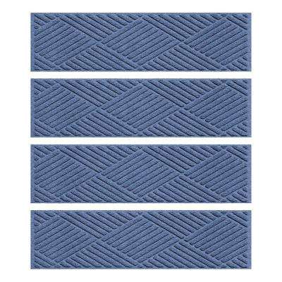 Navy 8.5 in. x 30 in. Diamonds Stair Tread Cover (Set of 4)