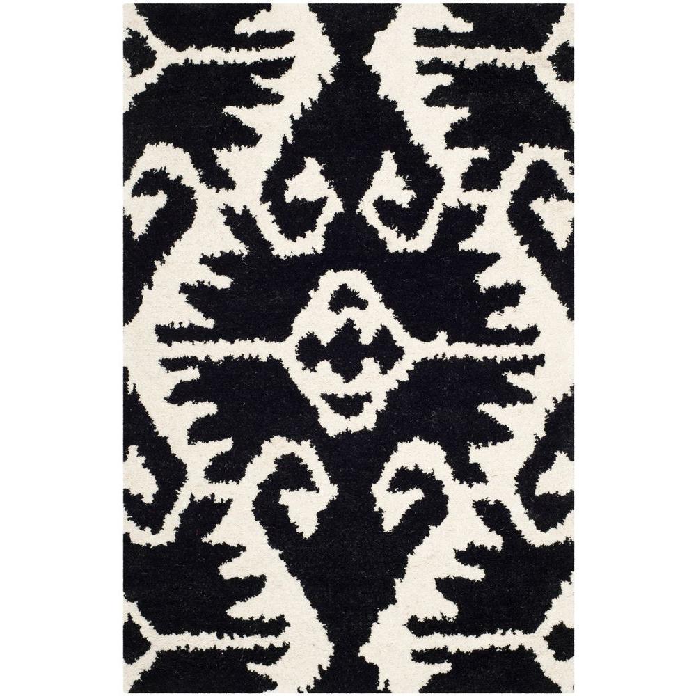 Wyndham Black/Ivory 2 ft. 6 in. x 4 ft. Area Rug