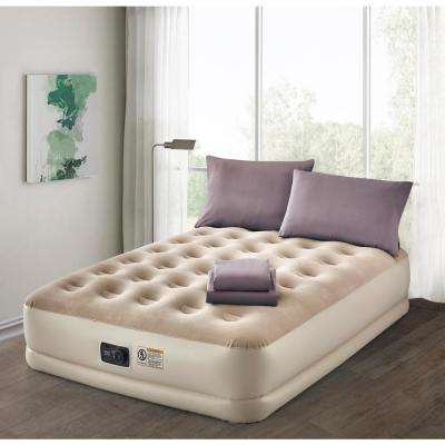 Deluxe 16 in. Queen Air Mattress with Complete Lavender Bedding Set