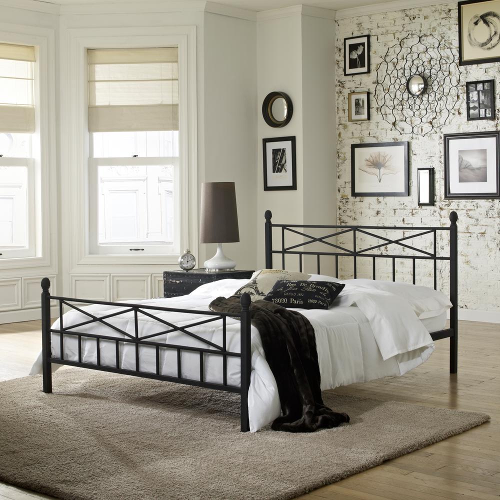 Ashboro Matte Black Queen Platform Bed