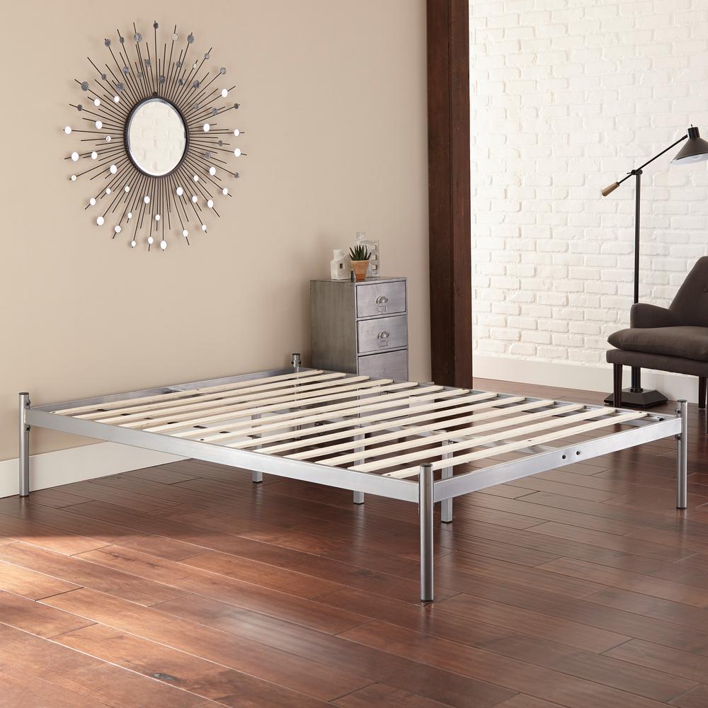 Harrison Queen Metal Platform Bed