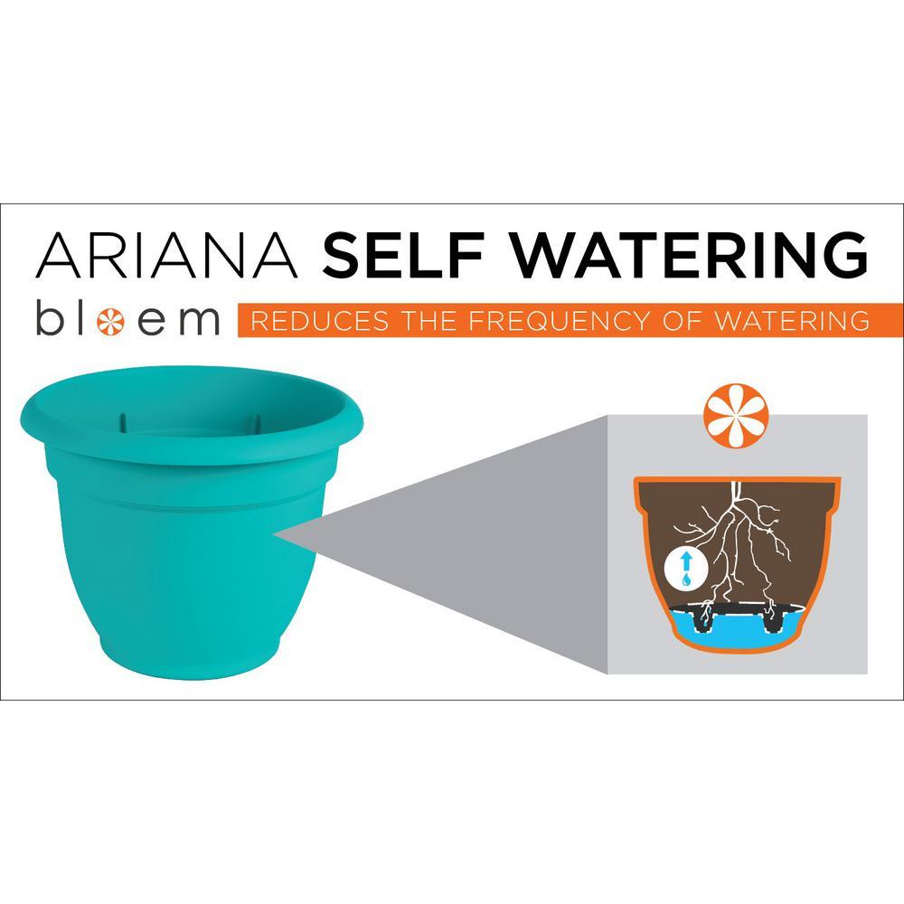 20 x 17 Terra Cotta Ariana Plastic Self Watering Planter