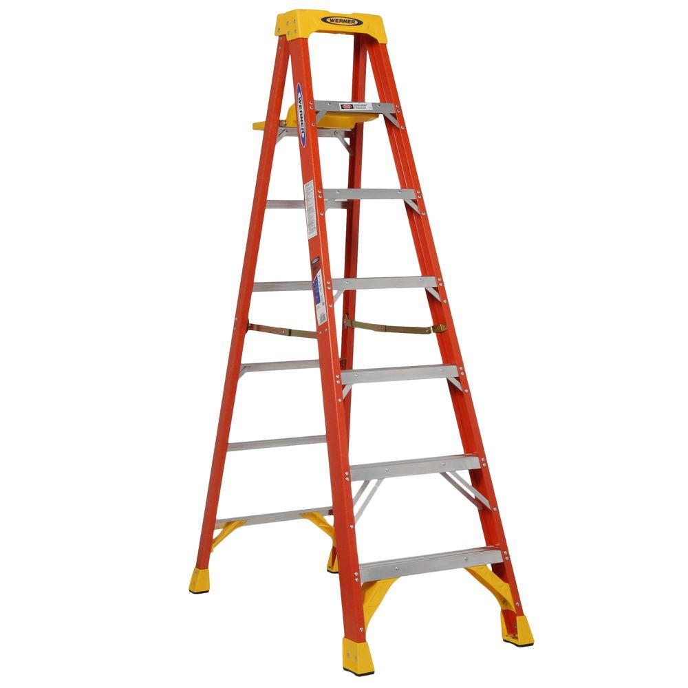Werner 7 Ft Fiberglass Step Ladder With Shelf 300 Lb