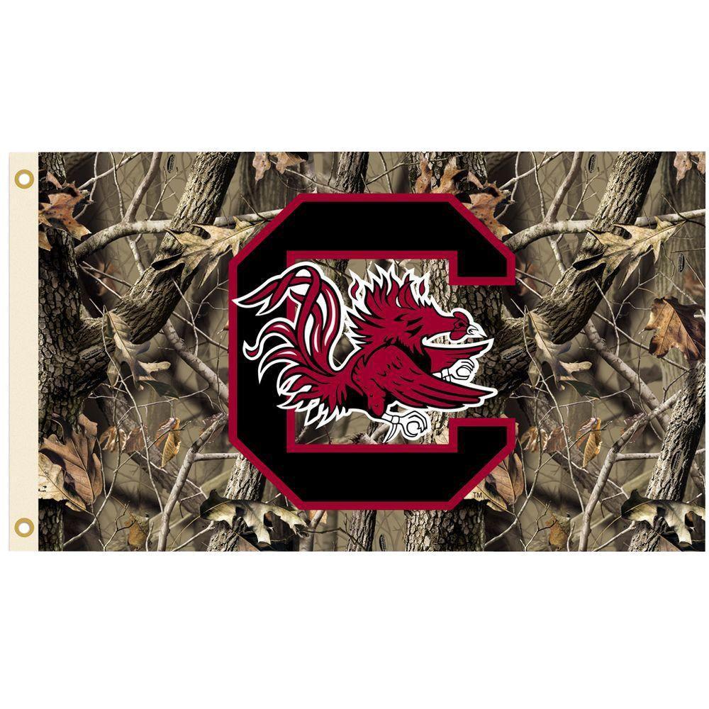 NCAA 3 ft. x 5 ft. Realtree Camo Background South Carolina Flag